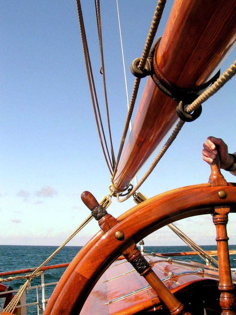 ship-rudder-1026081_1280